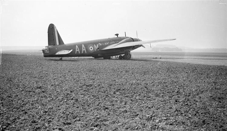 Black and White Negative, Vickers Wellington, 1940 - Paul Nash