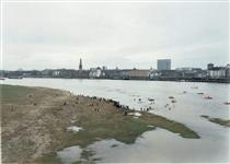 New Year's Day Swimmers - Andreas Gursky