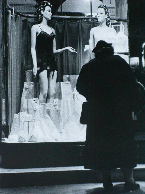 Shop Window, Paris