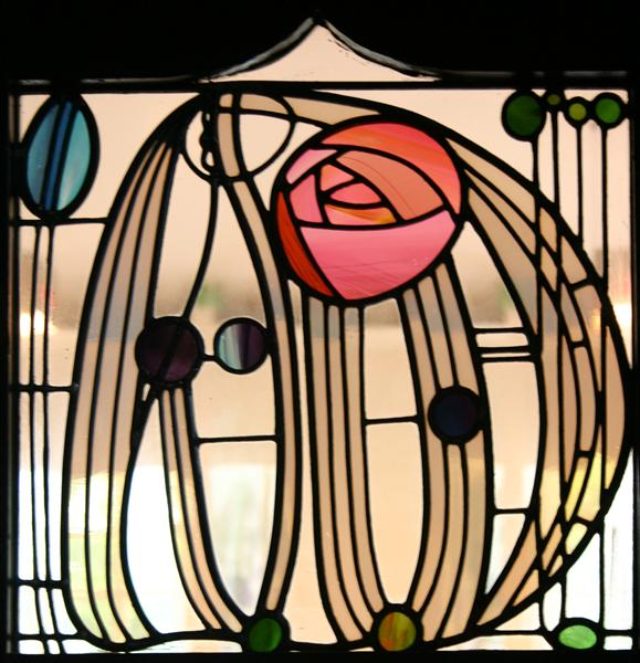 stained glass window the hill house glasgow charles rennie mackintosh. Black Bedroom Furniture Sets. Home Design Ideas