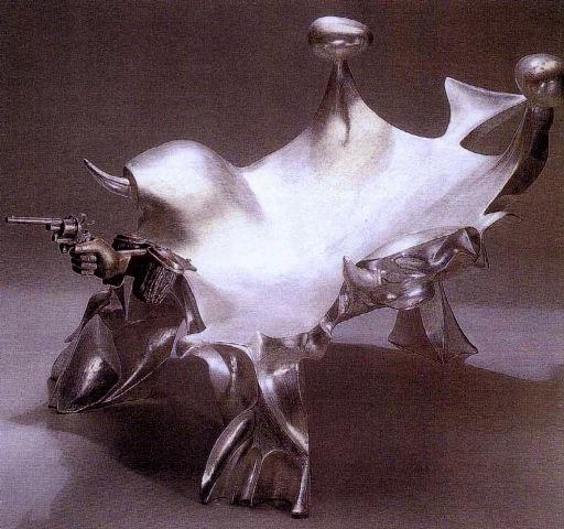 Poltrona a mano armata (in collaboration with Ugo Sterpini), 1965 - Fabio de Sanctis