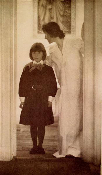 Blessed Art Thou among Women, 1899 - Gertrude Kasebier