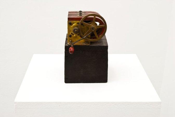 Magnet, 1974 - Geta Bratescu