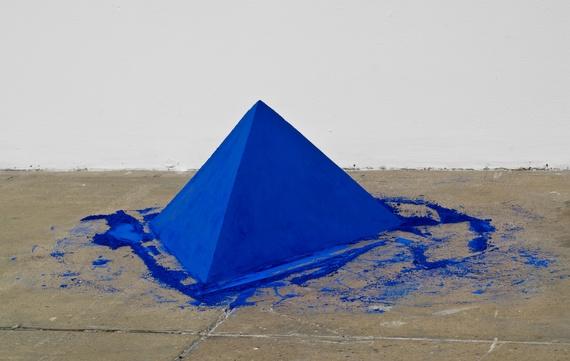 Tetrahedron - Lothar Baumgarten