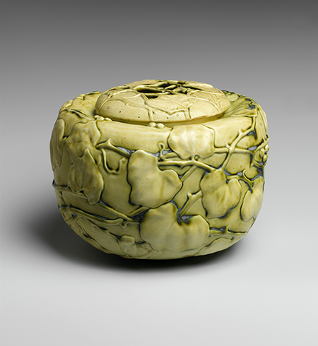 Covered Bowl with Virginia Creeper, 1909 - Louis Comfort Tiffany