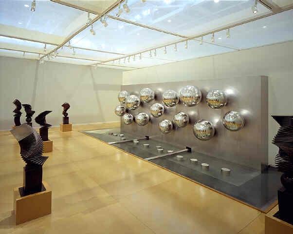 Fountaine, 14 Spheres, 1999 - Pol Bury