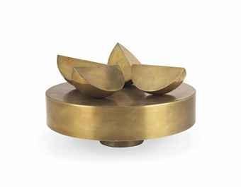 Sphère en 4 morceaux sur un plateau cylindrique, 1969 - Pol Bury