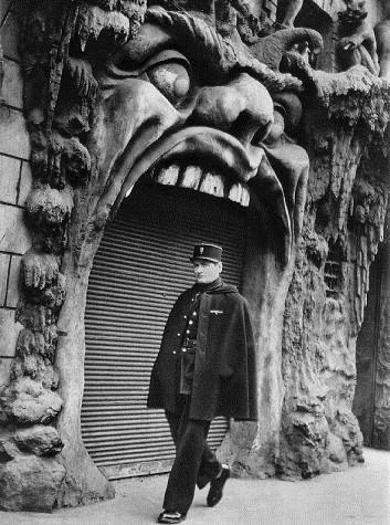 Hell, 1952 - Robert Doisneau